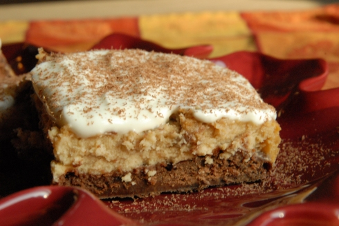espresso cheesecake brownies with sour cream topping